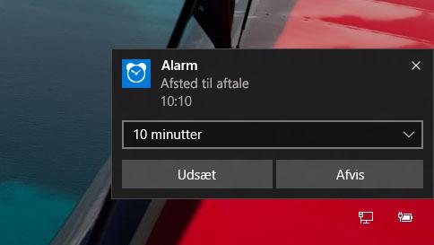 hvordan bruger jeg alarmer i windows 10?
